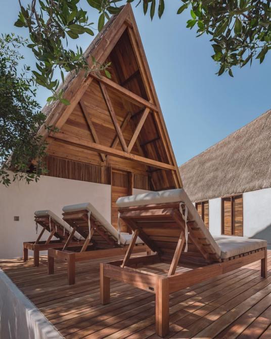 Hotel Punta Caliza